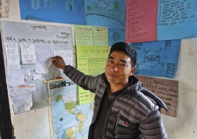 PATRIZIA School Dhoksan, Nepal - Lehrer