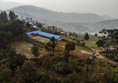 PATRIZIA School Dhoksan Nepal - Drohne von oben Gebäude