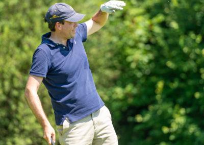 Event 7. PATRIZIA Charity Golf Cup 2019, Frankfurt Hof Hausen vor der Sonne - Golfer nach dem Abschlag