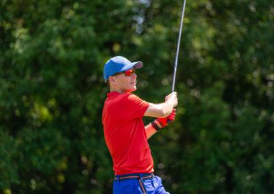 Event 7. PATRIZIA Charity Golf Cup 2019, Frankfurt Hof Hausen vor der Sonne - Golfer nach Abschlag