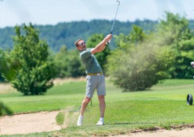 Event 7. PATRIZIA Charity Golf Cup 2019, Frankfurt Hof Hausen vor der Sonne - Golfer beim Abschlag