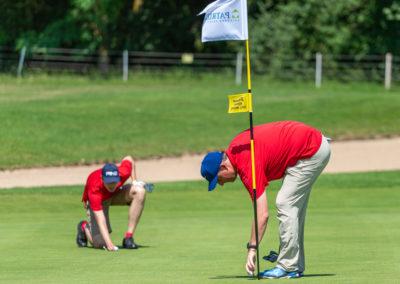 Event 7. PATRIZIA Charity Golf Cup 2019, Frankfurt Hof Hausen vor der Sonne - Golfer vor Fahne