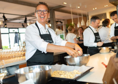 Event PATRIZIA Charity Cooking 2019 in Frankfurt mit Norton Rose Fulbright - Andreas Heibrock kocht und lacht