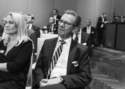 Event 1. PATRIZIA Foundation Talk Frankfurt - Sabine Schillinger-Köhne und Andreas Heibrock während Gespräch