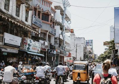 PATRIZIA Child Care Porayar, Indien - Umgebung, volle Straßen