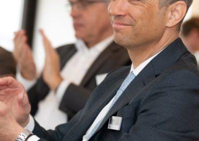 Event Frühjarsbrunch 2019 in Hamburg - Karim Bohn klatscht